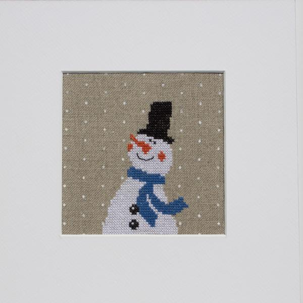 Stickpackung Schneemann mit blauem Schal