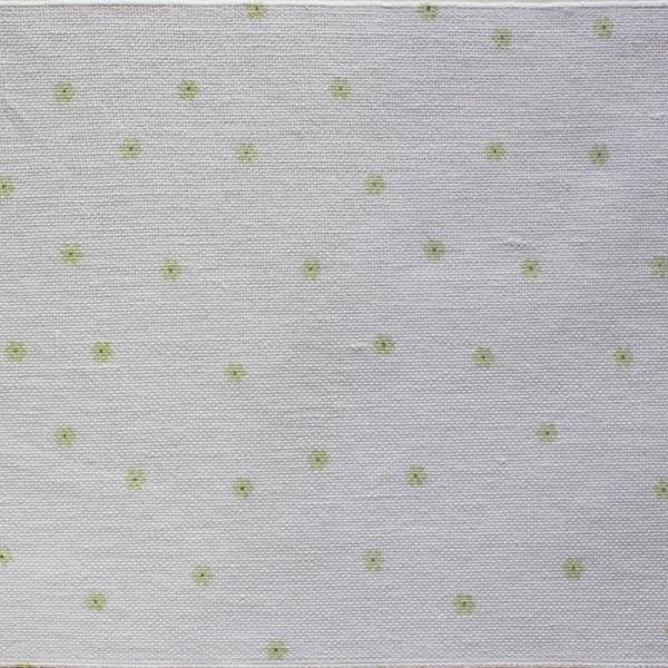 Leinenband hartweiss mit aufgedruckten grünen Blümchen, 20 cm breit